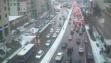 БТА предупредило водителей и пешеходов в связи с погодными условиями