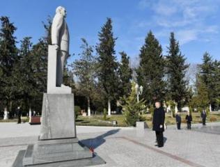 Prezident İlham Əliyev Kürdəmir rayonuna səfər edib