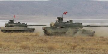 Турция перебросила артиллерию и танки к Идлибу
