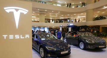 Tesla recalls thousands of vehicles over power steering issue