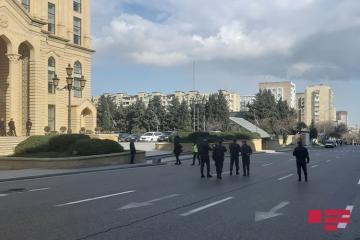 Mətbuat Şurası MSK-nın qarşısında keçirilmiş icazəsiz aksiyada monitorinq aparıb