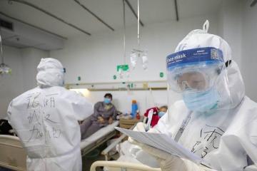В Китае общее число жертв коронавируса выросло до 1 770 человек