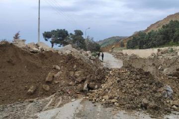 В МЭПР объяснили причину обрушения земляной массы в Падамдаре
