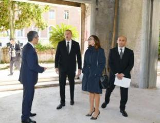 Azerbaijani President Ilham Aliyev and Mehriban Aliyeva familiarized with the building planned for the Azerbaijani Cultural Center in Rome - [color=red]PHOTO[/color]