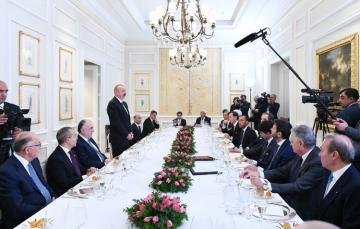 President Ilham Aliyev had working dinner with heads of Italian largest companies