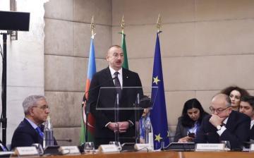 Президент Ильхам Алиев: Проект ЮГК является олицетворением итальяно-азербайджанской дружбы