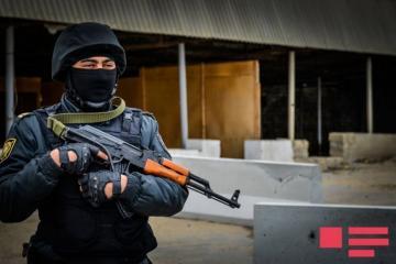 В Мингячевире проведена спецоперация, преступник обезврежен