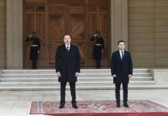 Azerbaijani President offers condolences to Ukrainian counterpart