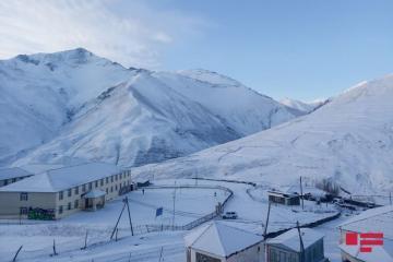 В северном регионе Азербайджана выпал снег, температура понизилась до минус 11