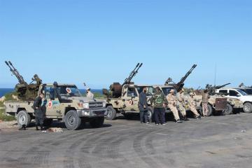 Tripolinin cənubunda silahlı qarşıdurmalar davam edir
