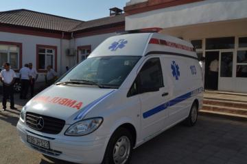 Yevlaxda avtomobilin vurduğu piyada xəsarət alıb