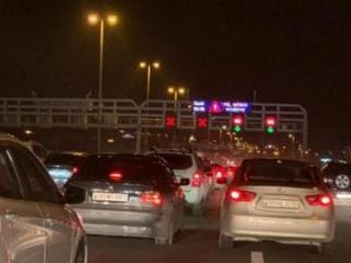 Hava limanı istiqamətində avtomobillərin hərəkətində sıxlıq yaranıb