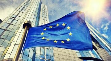 ЕС может подать жалобу в ВТО на торговую сделку США с Китаем