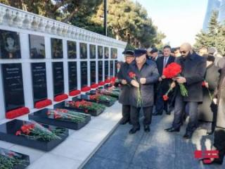 Members of Azerbaijan Elders Council paid tribute to martyrs of January 20