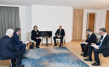 Azerbaijani President met with CISCO Executive Vice President and Chief Financial Officer in Davos