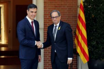 Премьер Испании встретится с лидером Каталонии