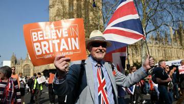 Британский парламент одобрил проект по условиям Brexit