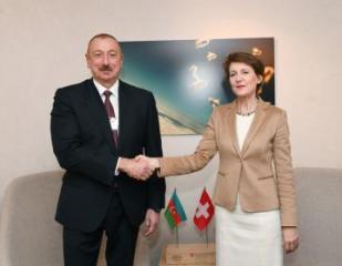 Prezident İlham Əliyev Davosda İsveçrə Prezidenti Simonetta Sommaruqa ilə görüşüb