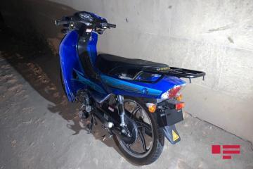 Bakıda motosiklet 20 yaşlı qızı vurub