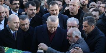 Turkish President attends funeral ceremony of mother and her son, died as a result of earthquake