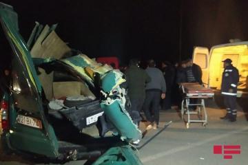 В результате ДТП в Гёйгёле погиб 1 человек, еще несколько ранены - [color=red]ФОТО[/color]