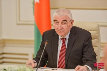 Мазахир Панахов в очередной раз предупредил кандидатов в депутаты
