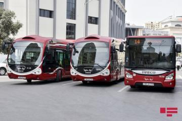 В регионах Азербайджана, где ужесточен особый карантинный режим, приостанавливается работа общественного транспорта