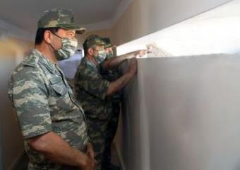 Министр обороны Азербайджана посетил передовые подразделения - [color=red]VİDEO[/color]