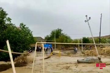 В Гобустане сель нанес серьезный ущерб инфраструктуре и частным хозяйствам - [color=red]ФОТО[/color]