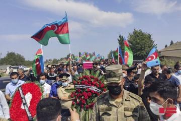 Azərbaycan Ordusunun şəhid olan zabiti dəfn olunub