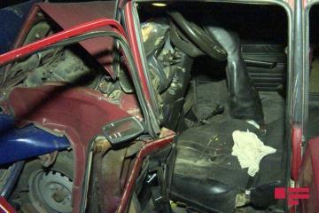 В тяжелом ДТП в Баку погибли 2, получили ранения 4 человека – [color=red]ФОТО - ВИДЕО[/color]