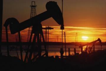 S&P: В этом году суточная добыча нефти в Азербайджане сократится на 15%