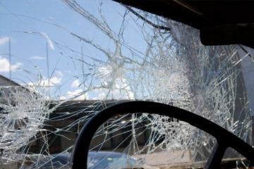 В Агстафе перевернулся автомобиль, пострадали два человека