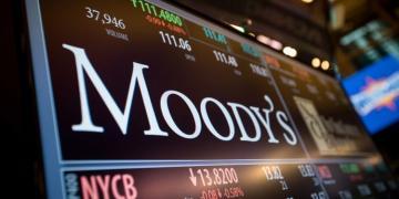 «Moody's» повысил рейтинг финансовой устойчивости Азербайджана