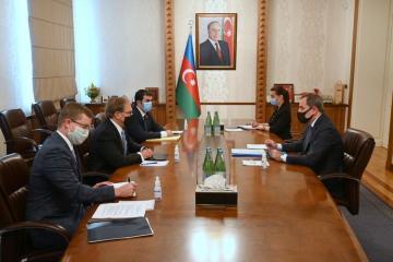 Джейхун Байрамов проинформировал посла США о последней военной провокации Армении
