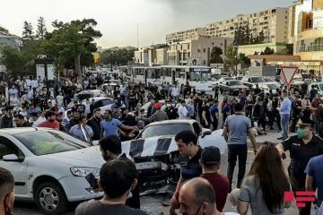 В Баку столкнулись два автомобиля, ранены трое – [color=red]ФОТО[/color] - [color=red]ОБНОВЛЕНО[/color]