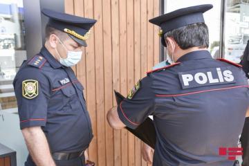 Благородный поступок бакинских полицейских к нарушительнице карантина - [color=red]ВИДЕО[/color]