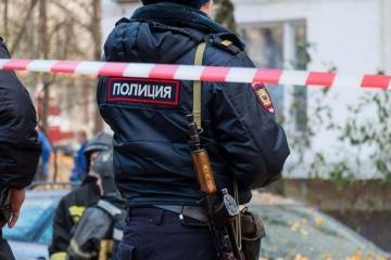 В Москве мужчина устроил стрельбу из окна дома, есть раненые