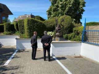 В бельгийском городе Ватерлоо состоялось открытие памятника Хуршидбану Натаван после восстановления