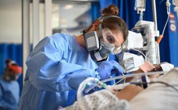 В Великобритании число жертв коронавируса превысило 42 тысячи
