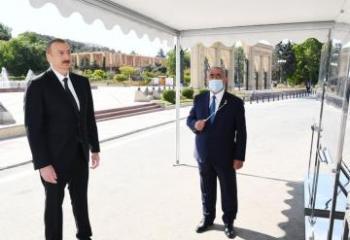 President Ilham Aliyev attended opening of above-ground pedestrian crossing in Neapol Street, Baku
