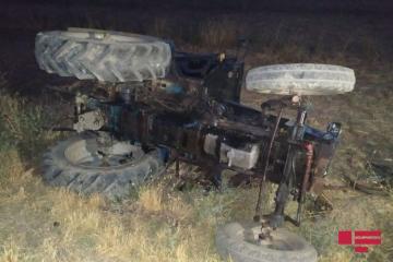 Bərdədə yeniyetmə traktorun altında qalaraq ölüb - [color=red]FOTO[/color]