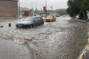 İstanbulda sel nəticəsində 8 nəfər xəsarət alıb