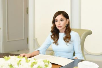 Первый вице-президент Азербайджана поздравила с праздником всех военнослужащих и ветеранов