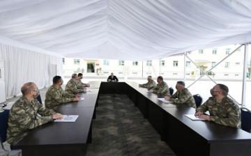 Президент Азербайджана: Во всех воинских частях необходимо придавать особое значение идеологической обстановке