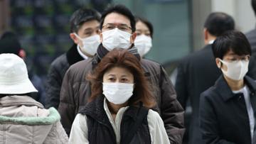 Число жертв коронавируса в Японии достигло 12