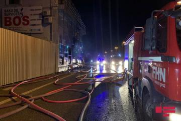 Fire hits Baku Oil Service Center in Baku