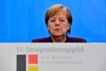 Merkel urges cease-fire in Syria's Idlib, calls for safe zone on Turkish border