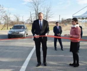Prezident İlham Əliyev Daş Salahlı-Ürkməzli-Dəmirçilər avtomobil yolunun açılışında iştirak edib