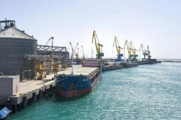 Kazakhstan shuts Caspian ports to Iranian, Azerbaijani passenger ships on virus worries